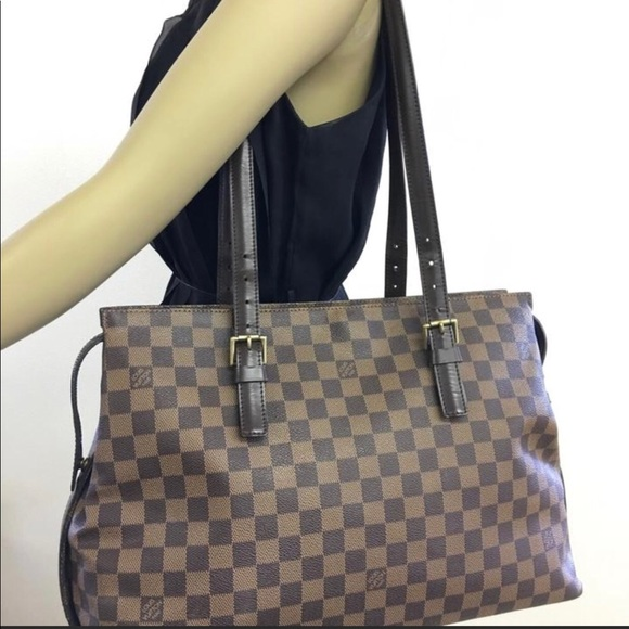 709910a74564 Louis Vuitton Handbags - Authentic Louis Vuitton Damier Ebene Chelsea Tote